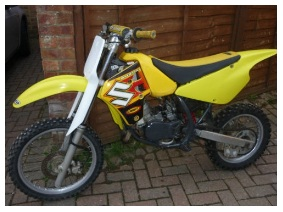 a cheap used suzuki RM80 dirtbike