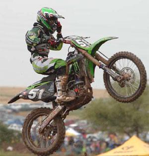 bike dirt jumping