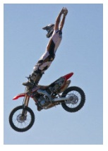 freestyle tricks from a dirt bike rider