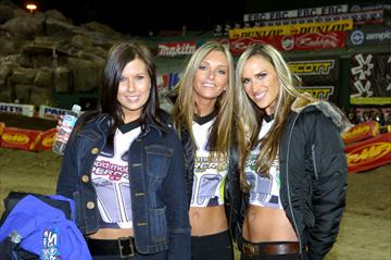 30 second girls for supercross