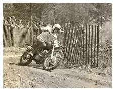 brief history lesson on the dirt bike motorbike