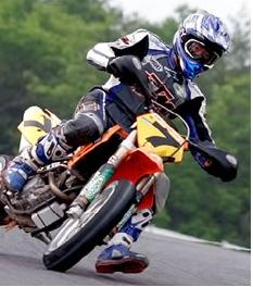 Pit bike racing