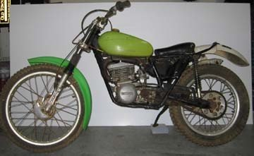 kawasaki old dirt bike